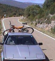 2001_10_07_0056_Pyrenaeen_Toyota_Bike