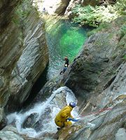 2004_07_30_Tessin_Canyoning_0160_Val_di_Gei_Christoph